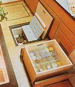 キッチン床下収納庫